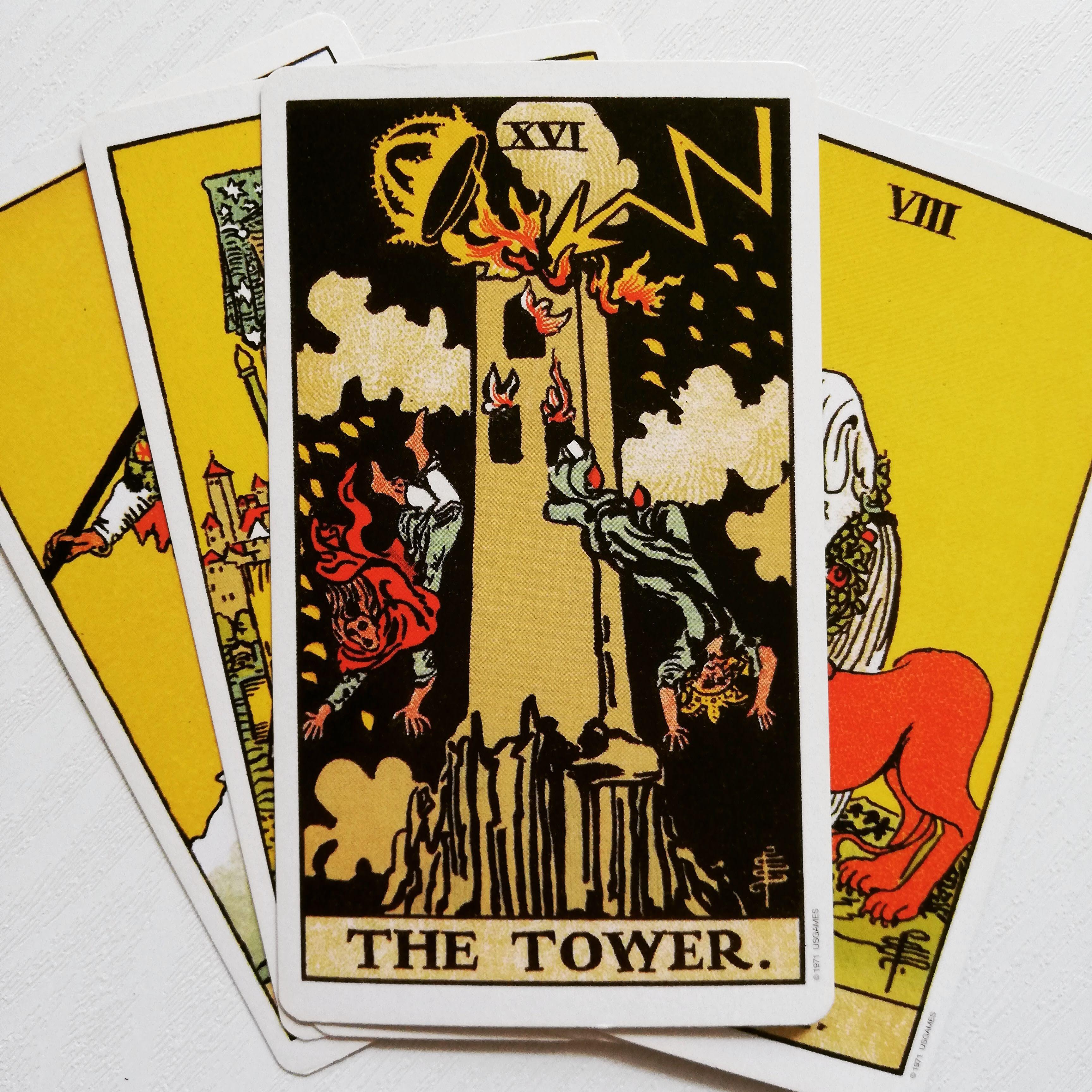 タロット 16タワー(塔)